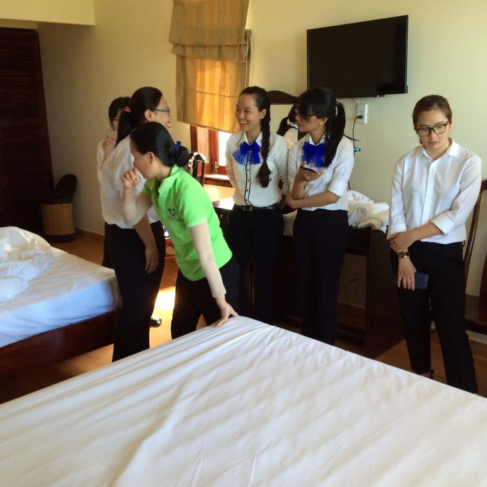 sinh viên cao đẳng việt mỹ kiến tập thực tập quản lý khách sạn