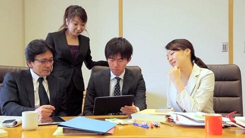 Phiên dịch tiếng Nhật có cần bằng đại học không