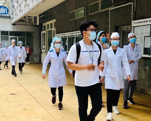 Những yêu cầu tuyển sinh đầu vào ngành điều dưỡng Đại học Y Dược TPHCM