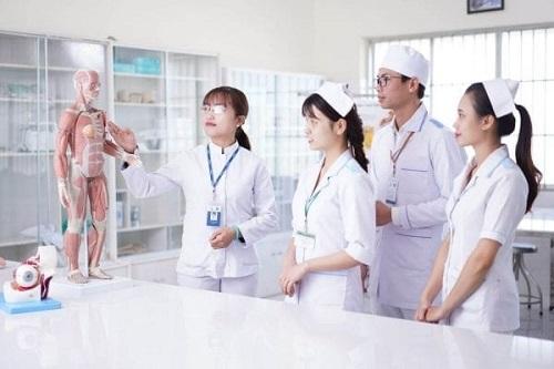 Bật mí các khóa học của ngành điều dưỡng hiện nay
