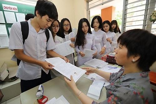 Các thí sinh đăng ký dự thi năng khiếu