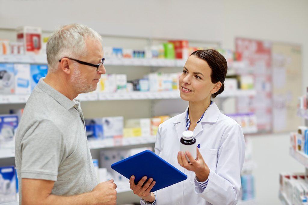 Dược sĩ kinh doanh dược phẩm được nhiều sinh viên lựa chọn sau khi tốt nghiệp.